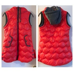 Jackets & Blazers - New Without Tags: Hooded Puffer Vest